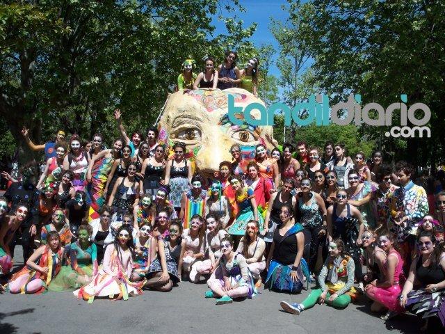 Se realiza hoy la tradicional far ndula estudiantil que for Noticias farandula argentina hoy