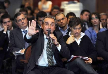 Macri le falta el respeto a los porteños